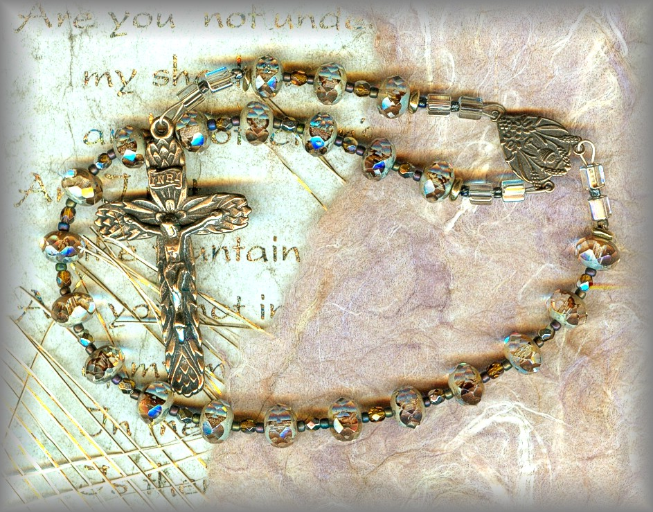 CHAPLET: CHCD.5830 - (Holy Communion series)