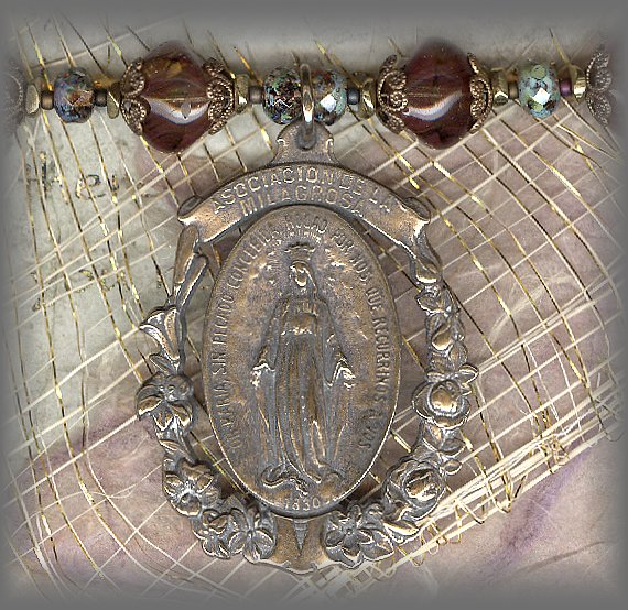 RELIGIOUS JEWELRY: J.MM.31401 (Miraculous Medal)