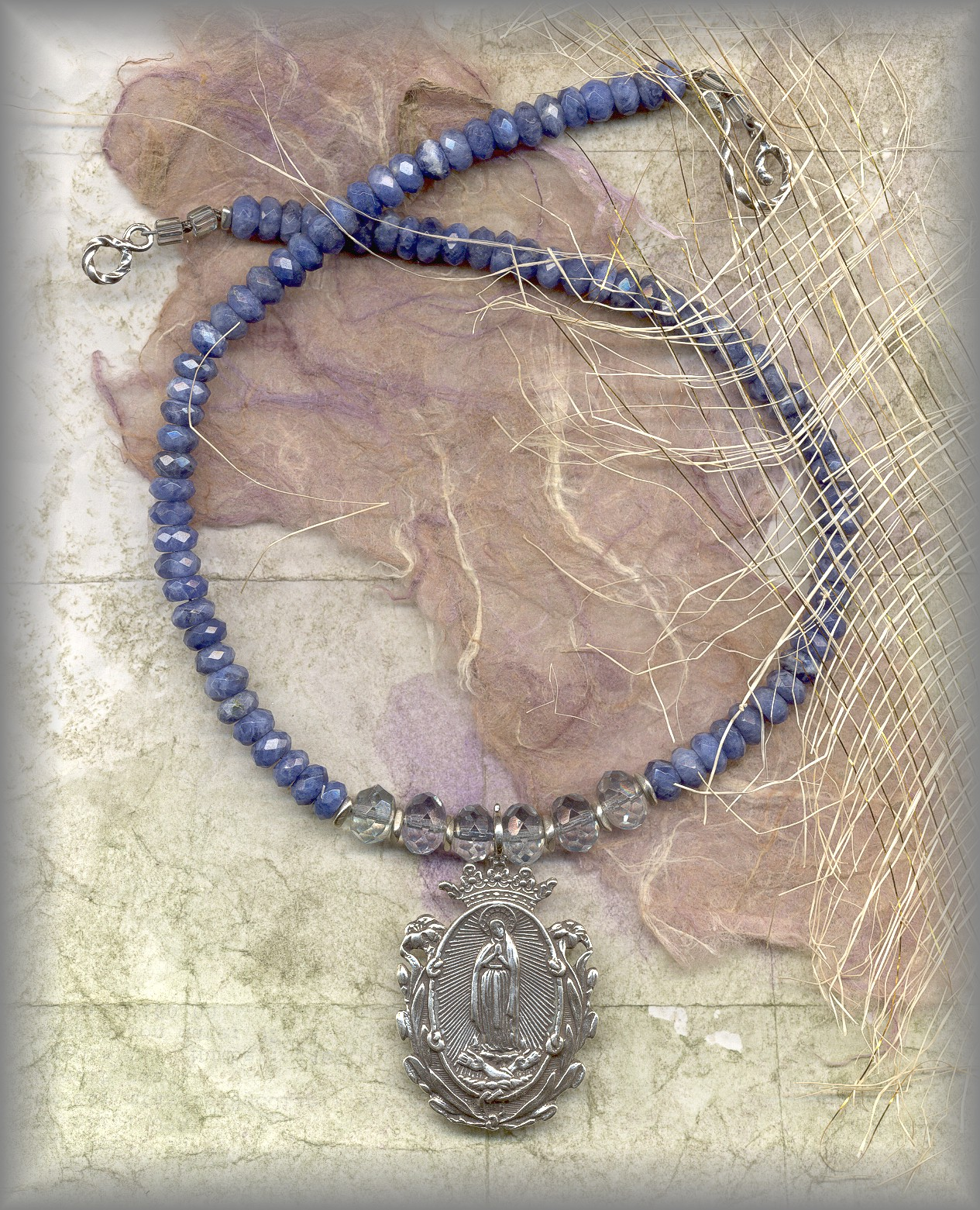 RELIGIOUS JEWELRY: JNOLG.2430 ( faceted sodalite)
