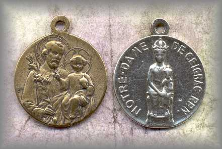 MEDAL: St Joseph / child Jesus (Antique)